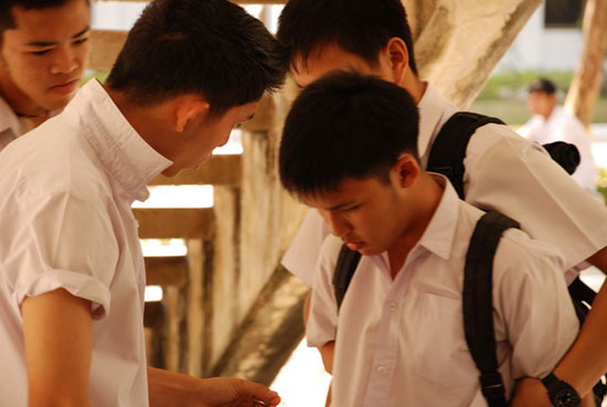 ปัญหาของวัยรุ่นในสังคมไทย